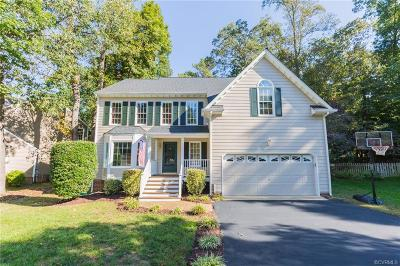 Midlothian Single Family Home For Sale: 14904 Orchard Grove Court