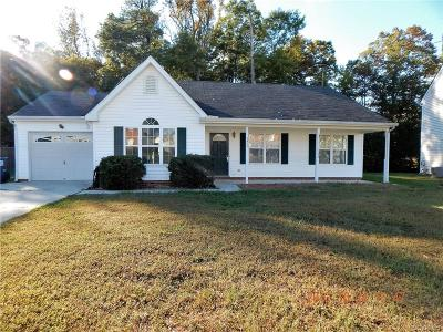South Chesterfield Single Family Home For Sale: 2821 Amherst Ridge Loop