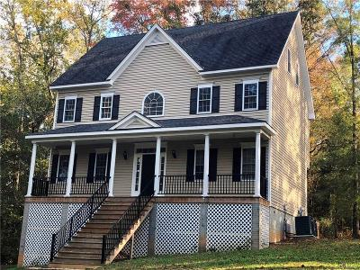 Nottoway County Single Family Home For Sale: 215 Beachcliff Road