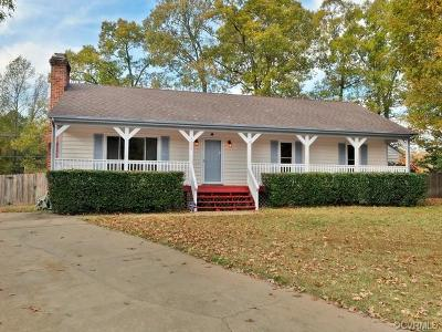 Chesterfield VA Single Family Home For Sale: $196,000