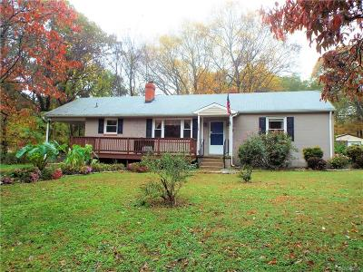 South Chesterfield Single Family Home For Sale: 21724 Beverley Street