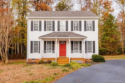 Chesterfield VA Single Family Home For Sale: $207,000