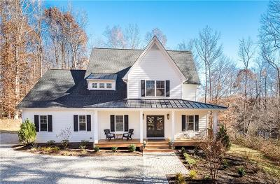 Powhatan County Single Family Home For Sale: 2356 Branchway Creek Drive