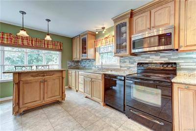 Hanover County Single Family Home For Sale: 6415 Lakeway Drive