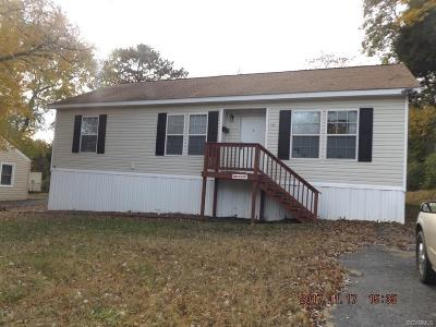 South Chesterfield Single Family Home For Sale: 21500 Court Street