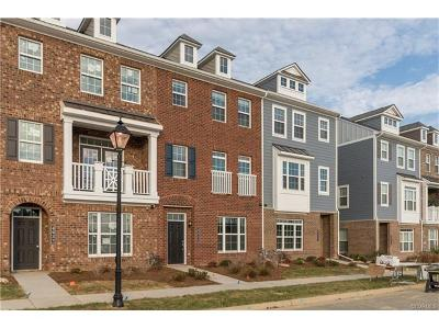 Williamsburg Condo/Townhouse For Sale: 4937 Settlers Market Boulevard #9