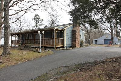 South Chesterfield Single Family Home For Sale: 9227 Hickory Road