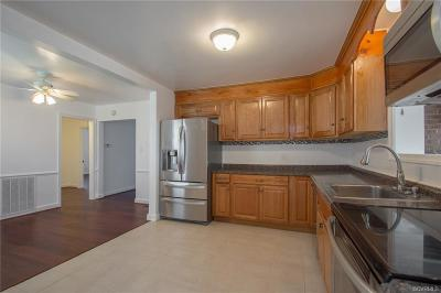 Richmond Single Family Home For Sale: 3527 McGuire Drive