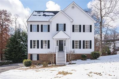 Chesterfield County Single Family Home For Sale: 14236 Lyndhurst Drive