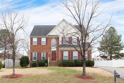 Henrico Single Family Home For Sale: 1561 Oakland Chase Parkway