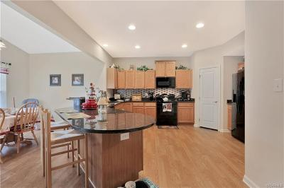 Chester Single Family Home For Sale: 9919 Ethens Castle Drive