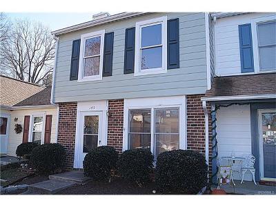 Hanover County Condo/Townhouse For Sale: 145 Arlington Square #145