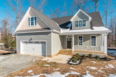 New Kent Single Family Home For Sale: 6084 Antler Hill Court