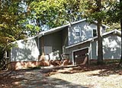 Chester Single Family Home For Sale: 5312 Verlinda Drive