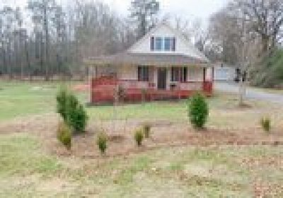 Chesterfield County Single Family Home For Sale: 4531 Centralia Road