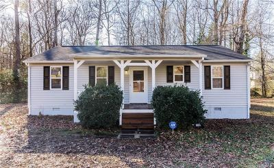 Chesterfield County Single Family Home For Sale: 9016 Oak Lawn Street