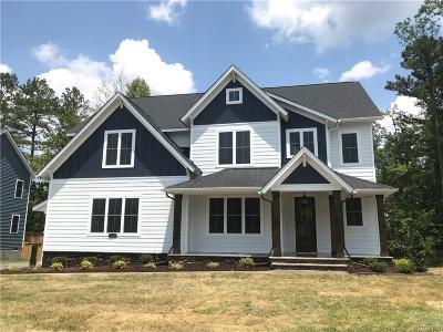 Chesterfield County Single Family Home For Sale: 15612 Willowmore Drive