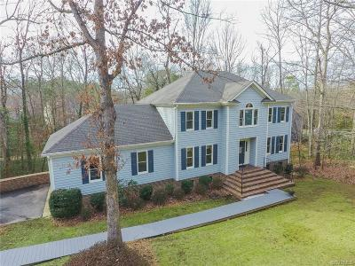 Midlothian Single Family Home For Sale: 5902 North Point Court