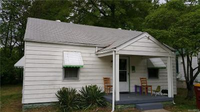 Petersburg Single Family Home For Sale: 26 Spring Street