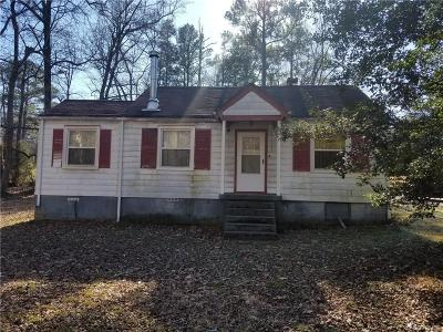 Chesterfield Single Family Home For Sale: 5709 Centralia Road