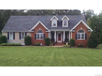 Colonial Heights Single Family Home For Sale: 418 Walthall Crest Court