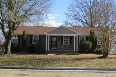 Colonial Heights Single Family Home For Sale: 117 Deerwood Drive
