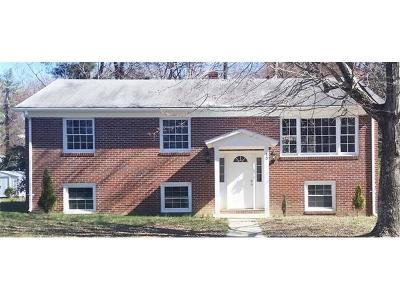 Single Family Home For Sale: 30 Ridge Road