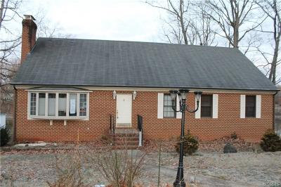 Powhatan Single Family Home For Sale: 2011 Oneida Road