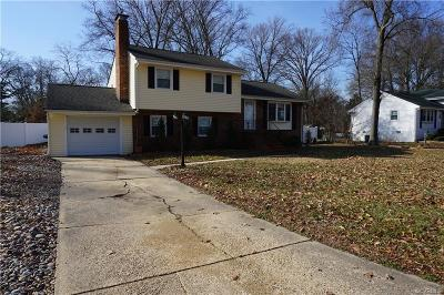 Colonial Heights VA Single Family Home For Sale: $215,000