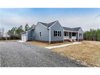 New Kent Single Family Home For Sale: 17 Rock Cedar Road