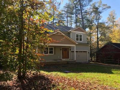 Ruther Glen Single Family Home For Sale: 482 Lake Caroline Drive