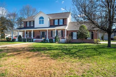 Colonial Heights Single Family Home For Sale: 201 Comstock Drive