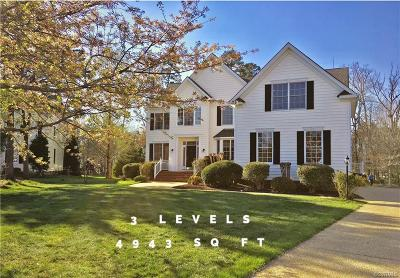 Chesterfield County Single Family Home For Sale: 14119 Forest Creek Drive