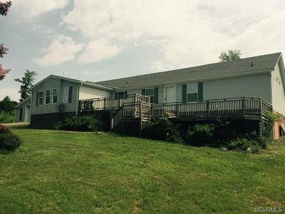 Nottoway County Single Family Home For Sale: 1022 Lakeside Drive