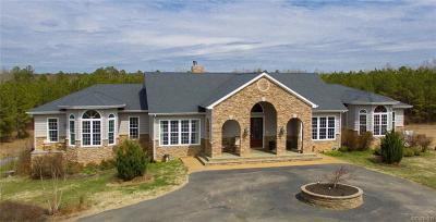 Dinwiddie Single Family Home For Sale: 8830 Hickory Road