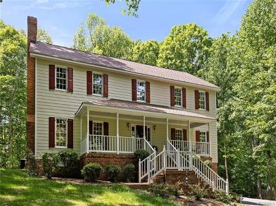 Chesterfield County Single Family Home For Sale: 3030 Summerhurst Drive