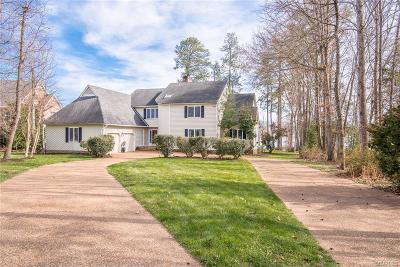 Chesterfield County Single Family Home For Sale: 14101 Waters Edge Circle