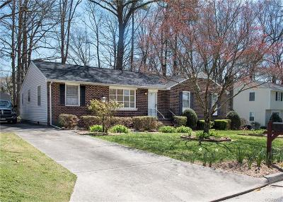 Colonial Heights Single Family Home For Sale: 103 Flintlock Drive