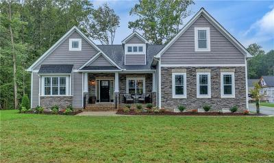 South Chesterfield Single Family Home For Sale: 19907 Oyster Point Court