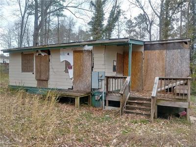 New Kent Single Family Home For Sale: 7175 Lakeshore Drive