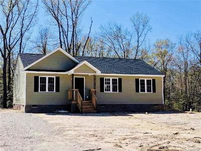 Powhatan County Single Family Home For Sale: 3945 Maidens Road