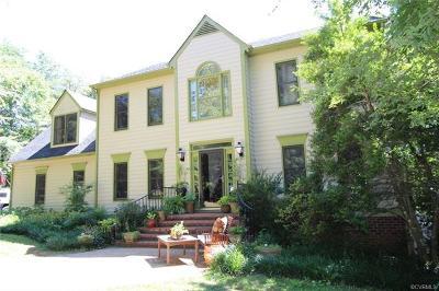 Farmville Single Family Home For Sale: 209 Smith Drive