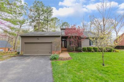 South Chesterfield Single Family Home For Sale: 14525 Fox Knoll Drive