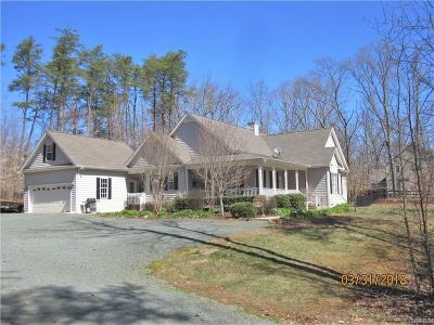 Louisa Single Family Home For Sale: 19 Zion Springs Lane