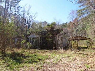 Mathews Single Family Home For Sale: 271 Bendall Lane