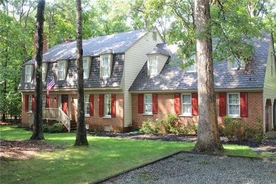 Midlothian Single Family Home For Sale: 13750 Lintel Lane