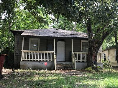 Petersburg Single Family Home For Sale: 17 Spring Street