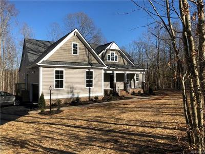 Chesterfield Single Family Home For Sale: 6107 Pointer Run Drive