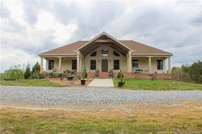Nottoway County Single Family Home For Sale: 1528 West Courthouse Road