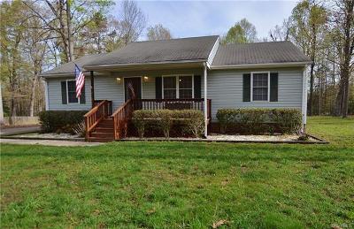 Aylett Single Family Home For Sale: 818 Rosebud Run
